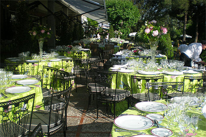 Envie de faire la réception de votre mariage chez vous ? - Photo : Concha Molina