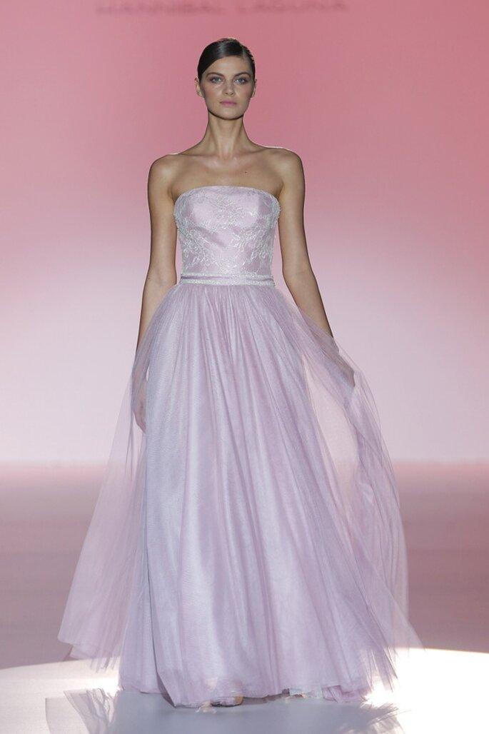 Vestidos de novia prmavera 2015 en color rosa pastel - Foto Hannibal Laguna