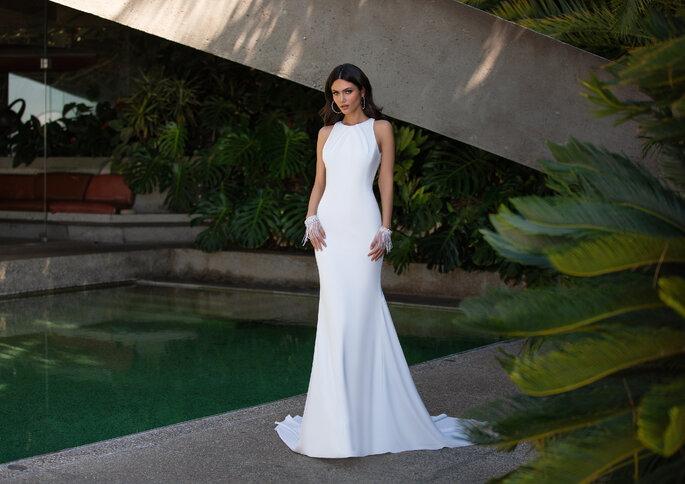 Vestido de noiva estilo flit and flare minimalista da Pronovias 2021