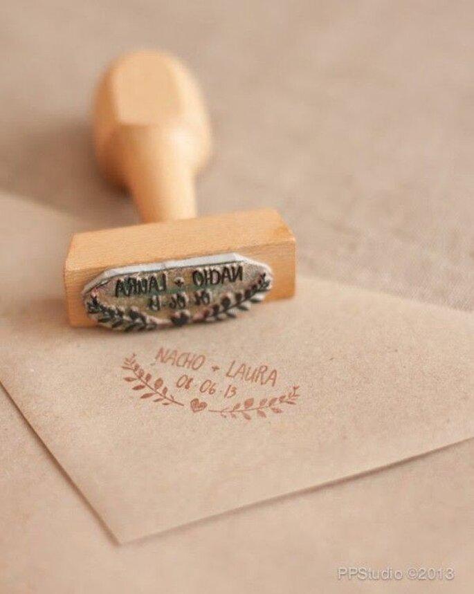 Wedding invitations envelope