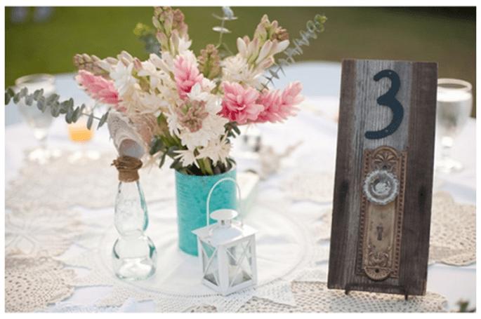 Acomodo para tus invitados en las mesas - Foto Katrina Louise