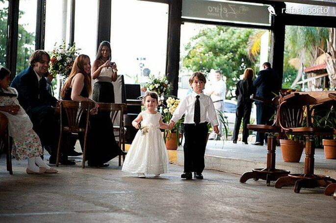 186bb6ef2 10 tips para elegir los vestidos de los pajecitos en tu boda