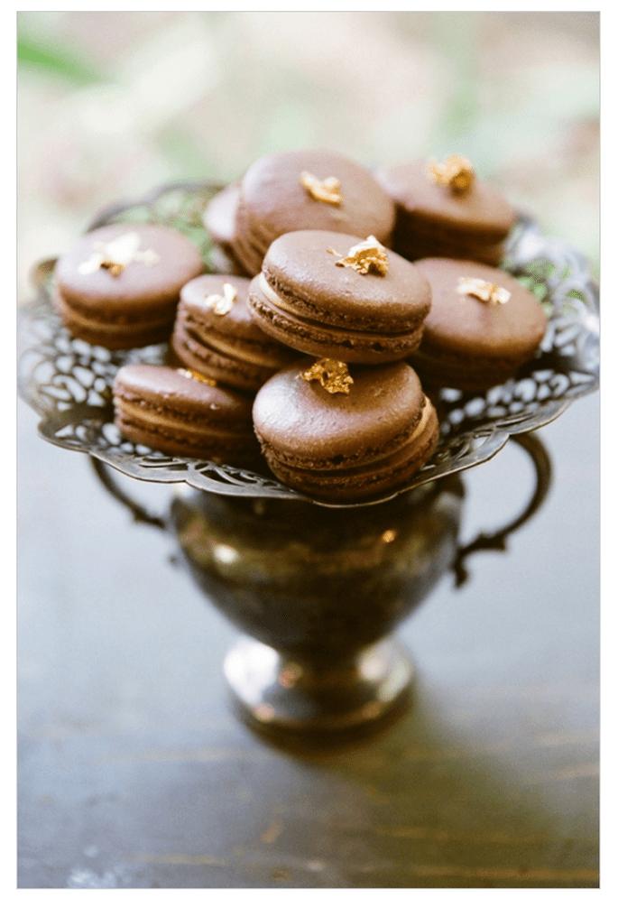 Macarons para el postre de tu boda - Foto This Modern Romance