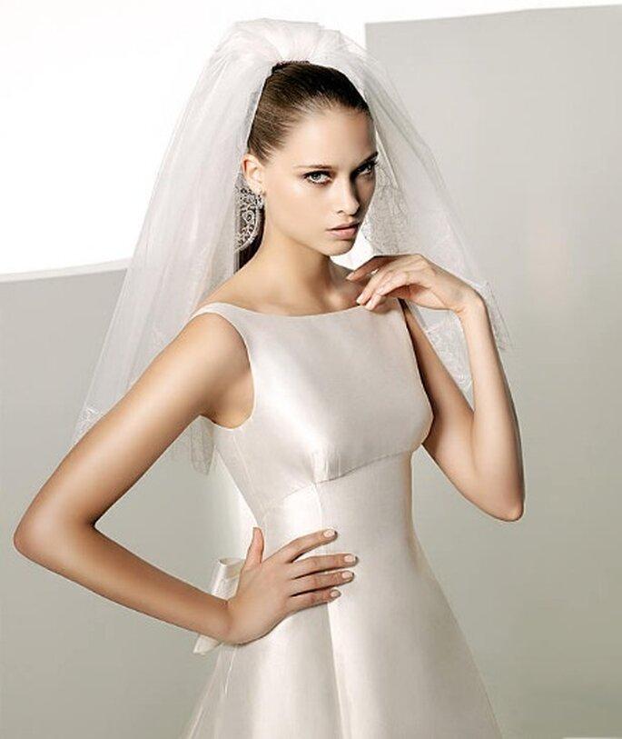 hair style comment bien choisir sa robe de mari e en fonction de sa poitrine. Black Bedroom Furniture Sets. Home Design Ideas