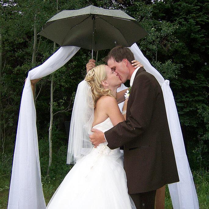 Lluvia en tu boda es de buena suerte