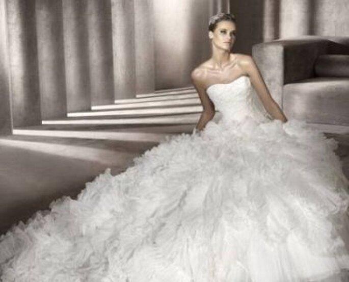 Heiraten wie eine Prinzessin! Brautkleid von Pronovias, Modell: Panda http://www.pronovias.com