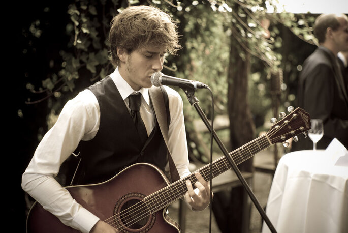 Wedding-Voice