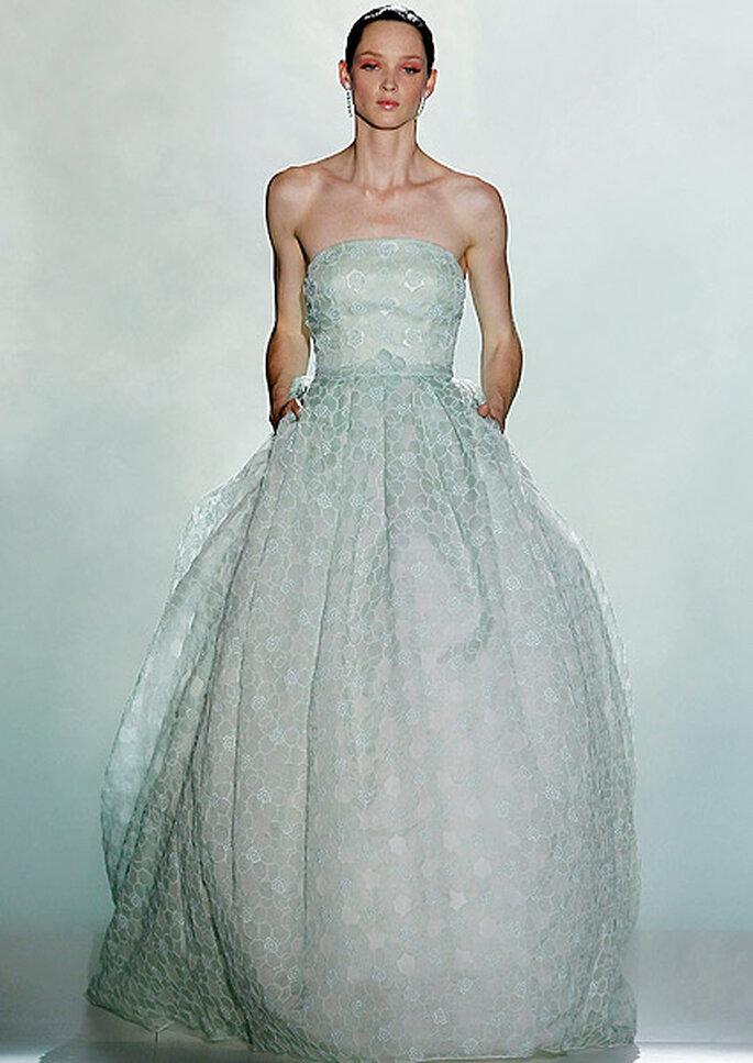 Vestido color verde menta, de Rosa Clará 2013. Foto: Barcelona Bridal Week