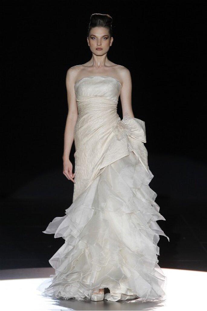Vestidos de novia Hannibal Laguna 2012 - Ugo Camera / Ifema