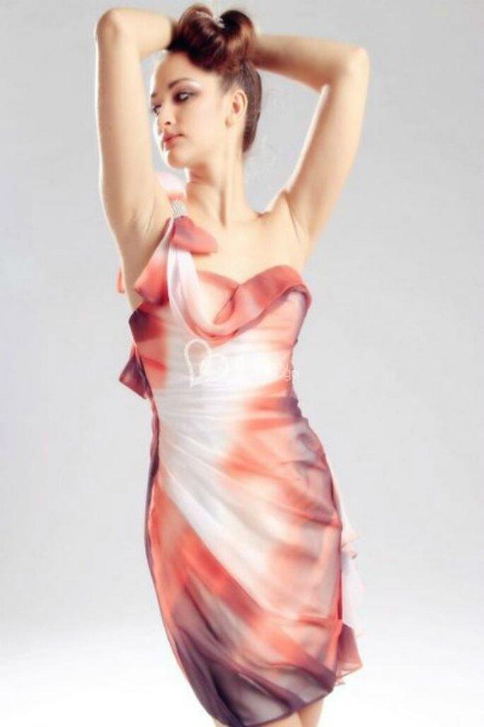 Robe de cocktail courte, dégradé de couleurs et tombé impeccable - Chouchourouge