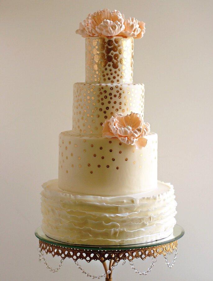 bolo casamento metalizado