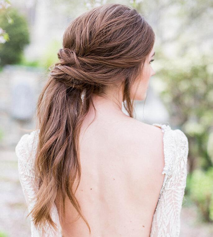 Penteado de noiva com torcidinho