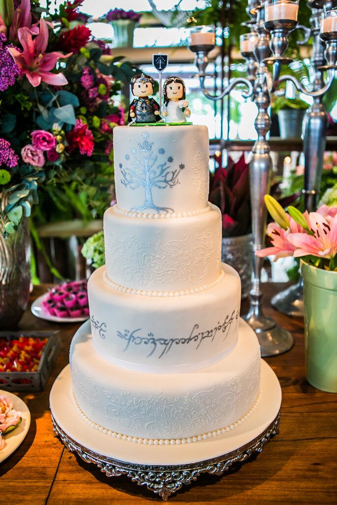 bolo casamento geek