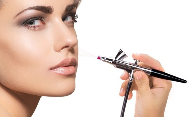 Foto:  Luminess Airbrush Makeup