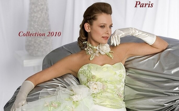 collection 2010 des robes de mariée Matrimonia