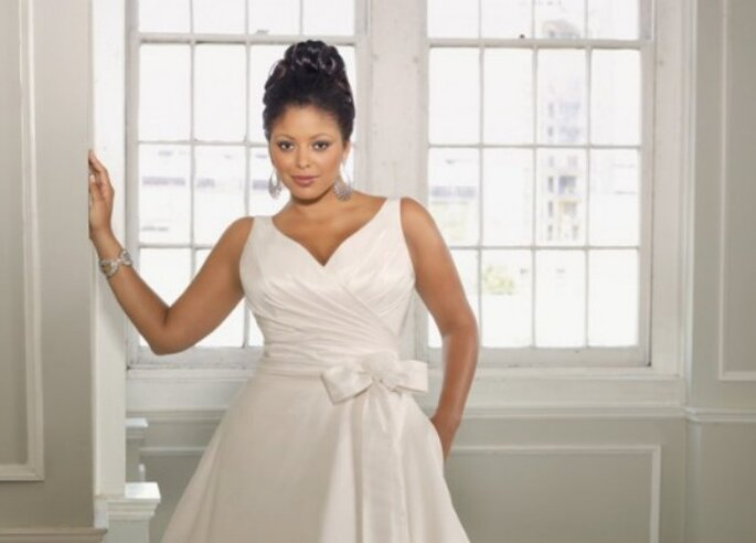 Qualche proposta per la sposa formosa. Nella foto, un modello di Mori Lee
