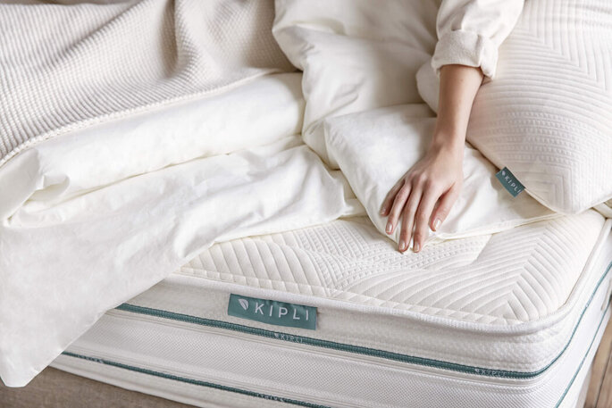 Matelas pour votre lit conjugale de futurs mariés - cadeaux invités