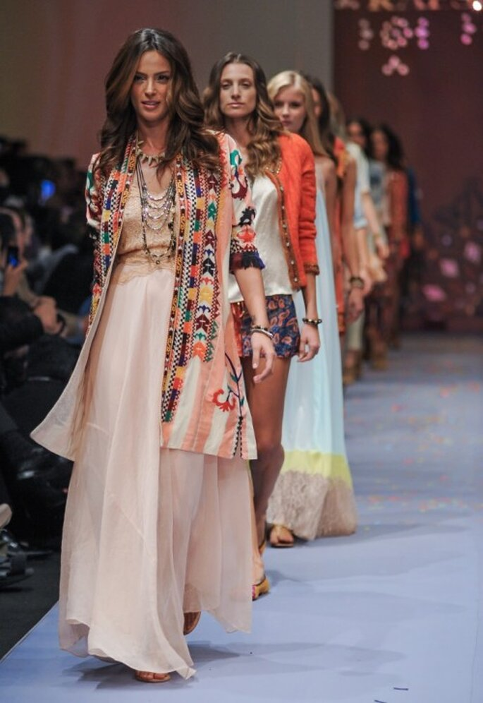 Vestidos boho chic de Rapsodia - Foto Mercedes Benz Fashion Week México