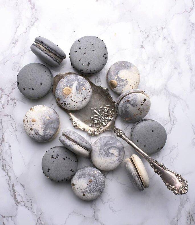 Macarons com efeito marble