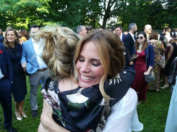 """""""E che sia amore infinito"""" è l'augurio di Luciana Littizzetto alla sposa nel suo profilo Facebook"""