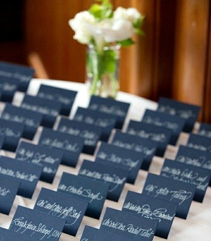 Cómo poner las mesas con nombres entretenidos para tu matrimonio