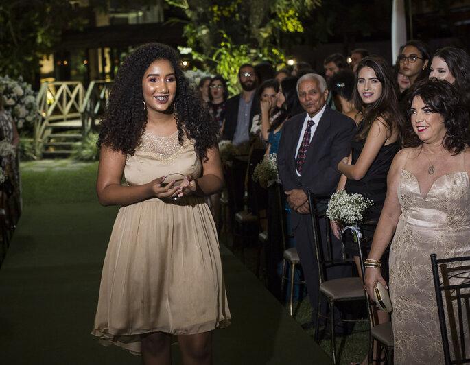 Vestido dama adolescente - Fernanda Lorenzoni - Fotografia: Andre Alves