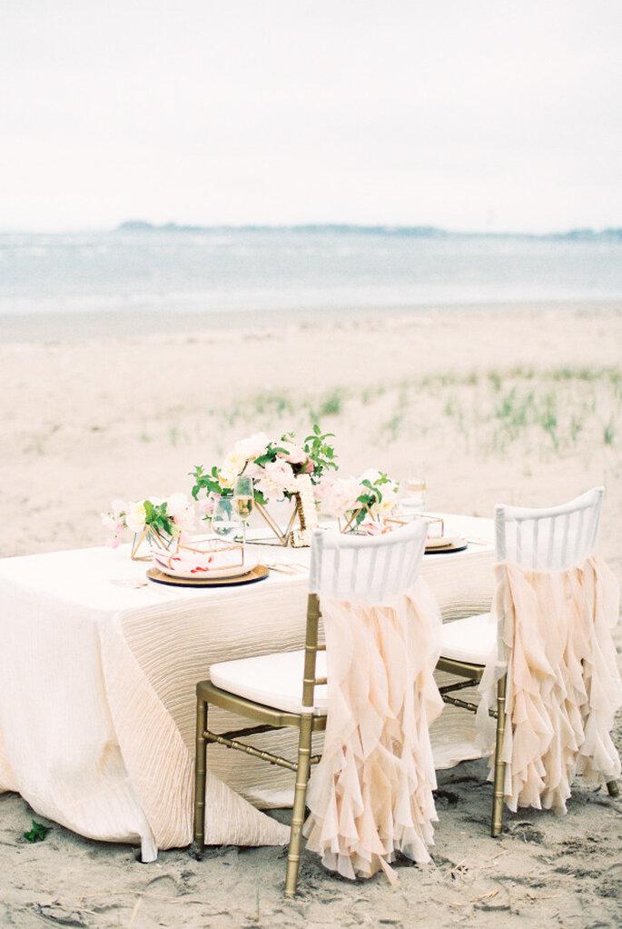 montaje para una boda en la playa -Ruth Eileen