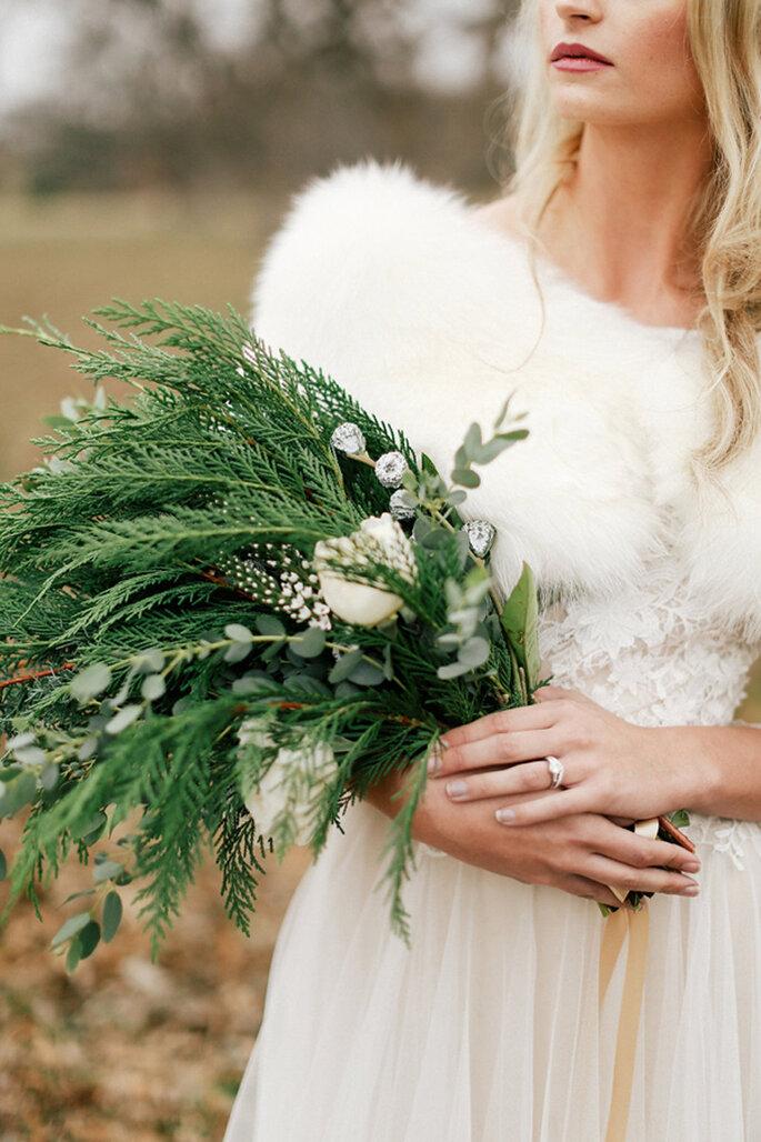Winterhochzeit Inspiration Brautstrauß