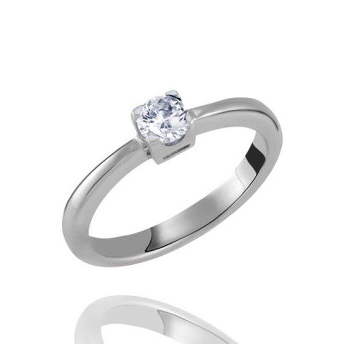 Klassischer Ring aus Sterling Silber mit Diamant von Pearlfection