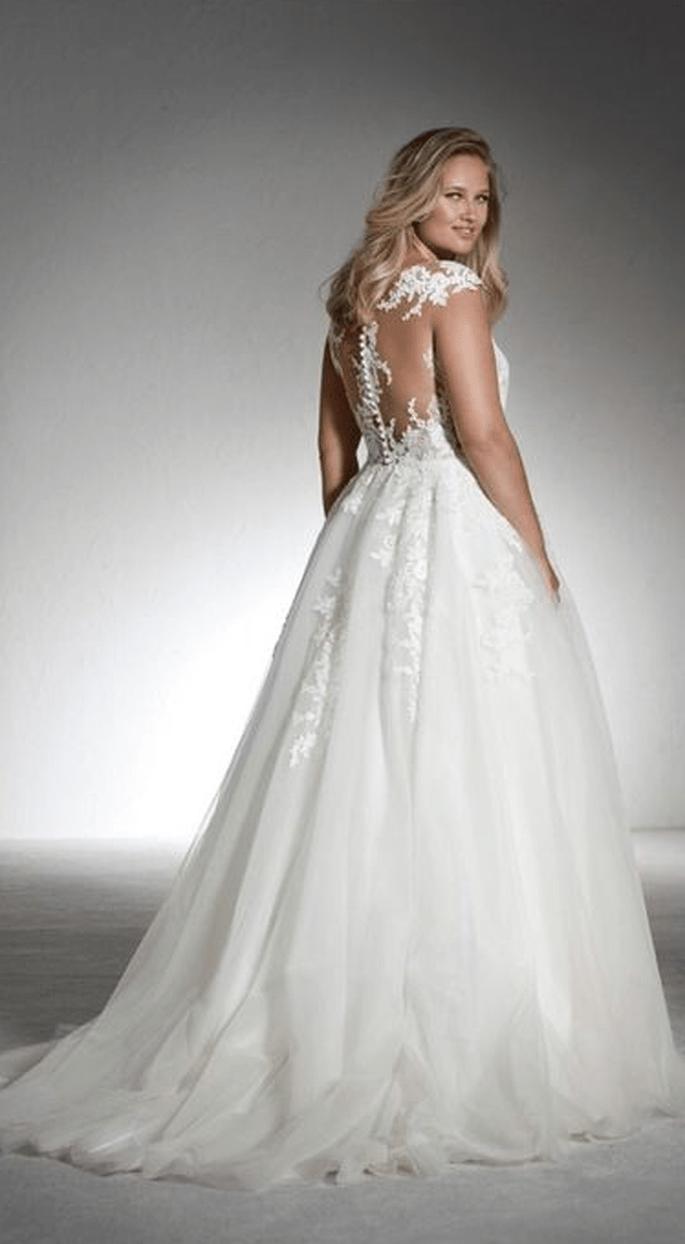 Noivas Romântica Atelie. Vestido de noiva plus size
