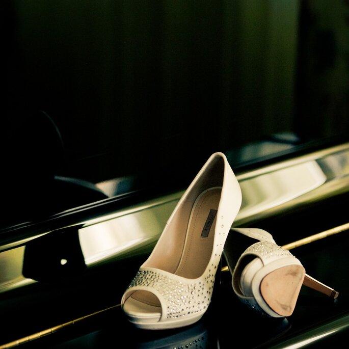 Chaussures brillantes et pailletées sont aussi top tendances - Photo : Adrian Tomadin