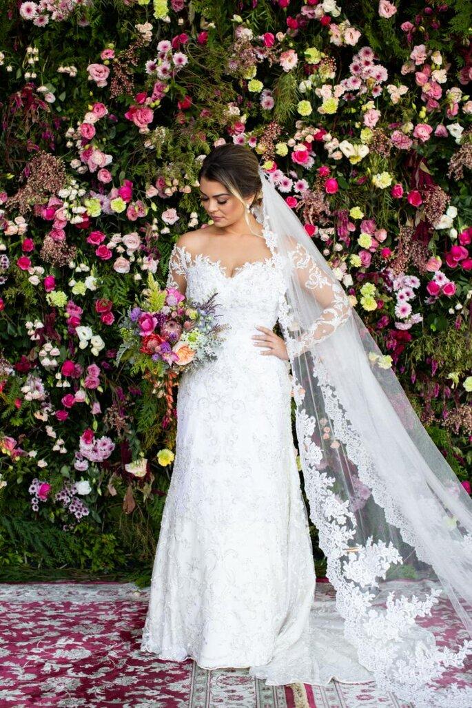 Parede de flores no casamento