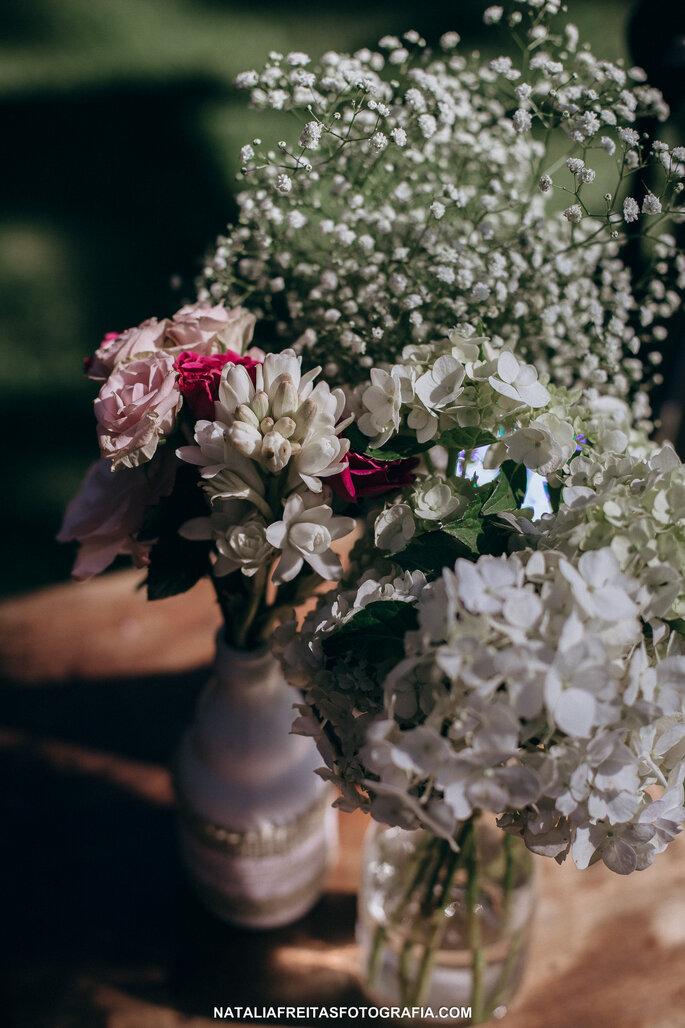 Flores e decoração: Enfeita   Foto: Natalia Freitas