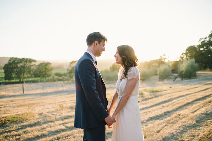 Una boda súper romántica al aire libre - Foto Delbarr Moradi