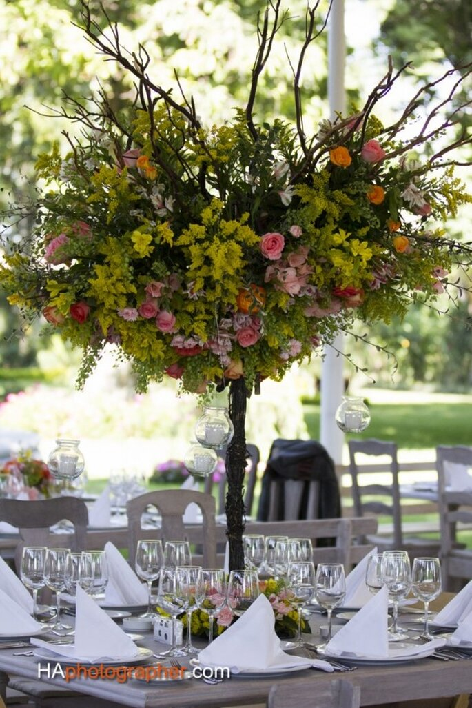 Composiciones de encanto para ambientar tu boda en primavera - Foto Taller de Tallos