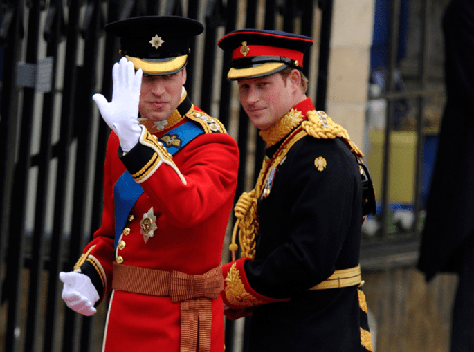 Ankunft in Westminster Abbey William und Harry - Foto via Repubblica.it