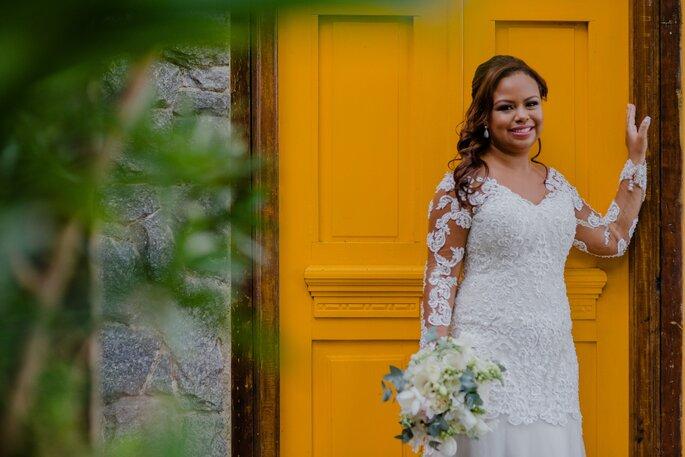 Vestido da noiva: Atelier Nina Marinho - Fotografia: Fernanda Suhett