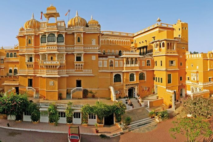 Learn more about Deogarh Mahal
