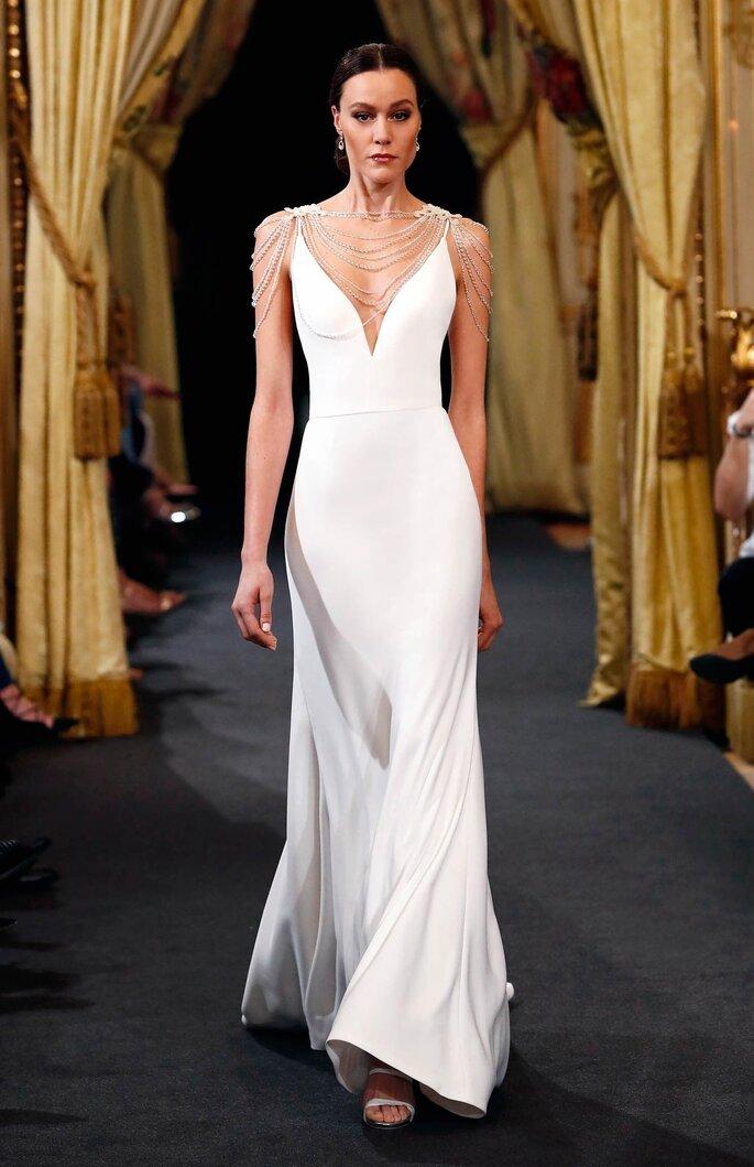 Robe de mariée simple et longue