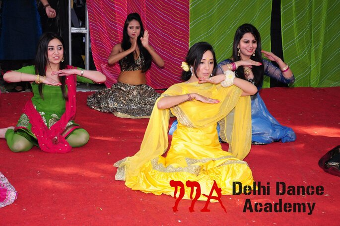 Choreographers: Delhi Dance Academy.