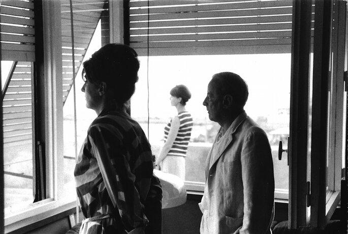 Maria Paczowska, Rita Gombrowicz, Witold Gombrowicz, Chiavari, 1965 (fot. B. Paczowski) http://www.wojciechkarpinski.com/gombrowiczgaleria