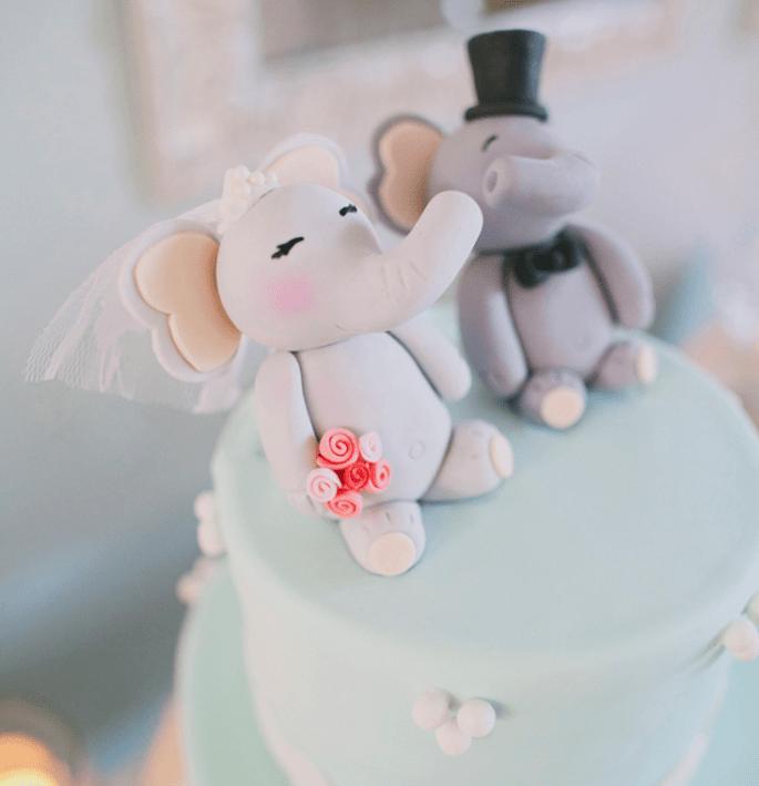 Muñecos originales para el pastel de bodas - Foto Christine Farah
