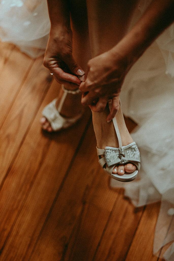chaussure mariée- mariage champêtre en Lot-et-Garonne dans le jardin familial