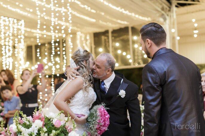 Cortina de luzes no casamento