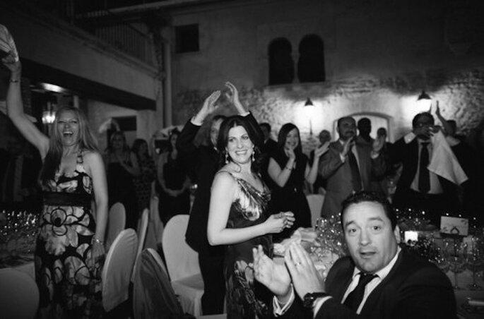 Como pedirle a los invitados de boda dinero en vez de regalos - Foto Josep Alfaro