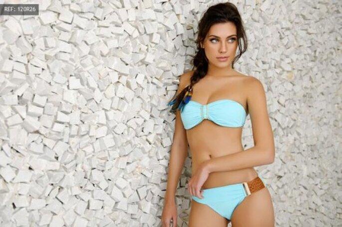 Bikini senza spalline azzurro cielo - Foto Pokopano