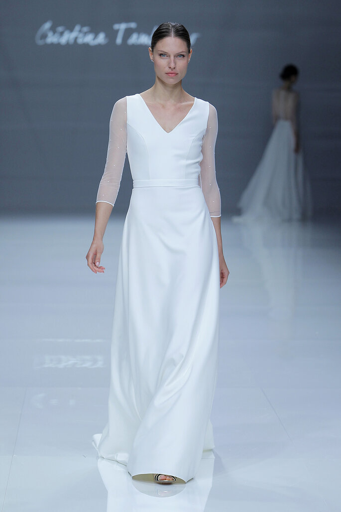 Kleid von Cristina Tamborero. Credits: Barcelona Bridal Fashion Week