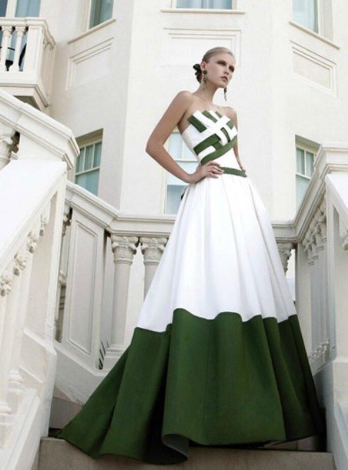 Il verde è uno dei nuovi colori più apprezzati per gli abiti da sposa. Abito Elisabetta Polignano