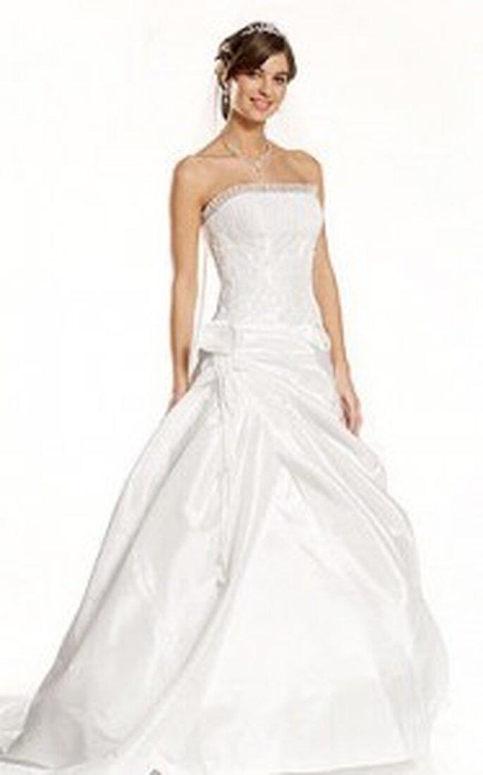 Pure White von Lilly 2010 - Langes Kleid, Raffung am Rock