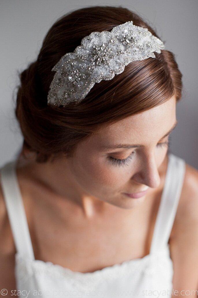 Diadema de novia estilo vintage - Foto Foto Emily Riggs Bridal